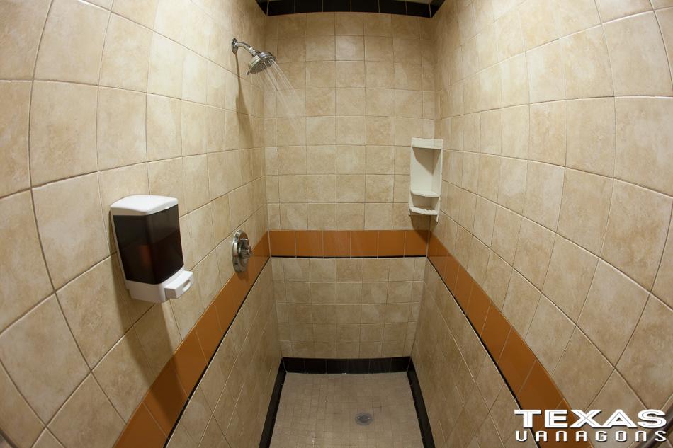 truck_stop_shower-13